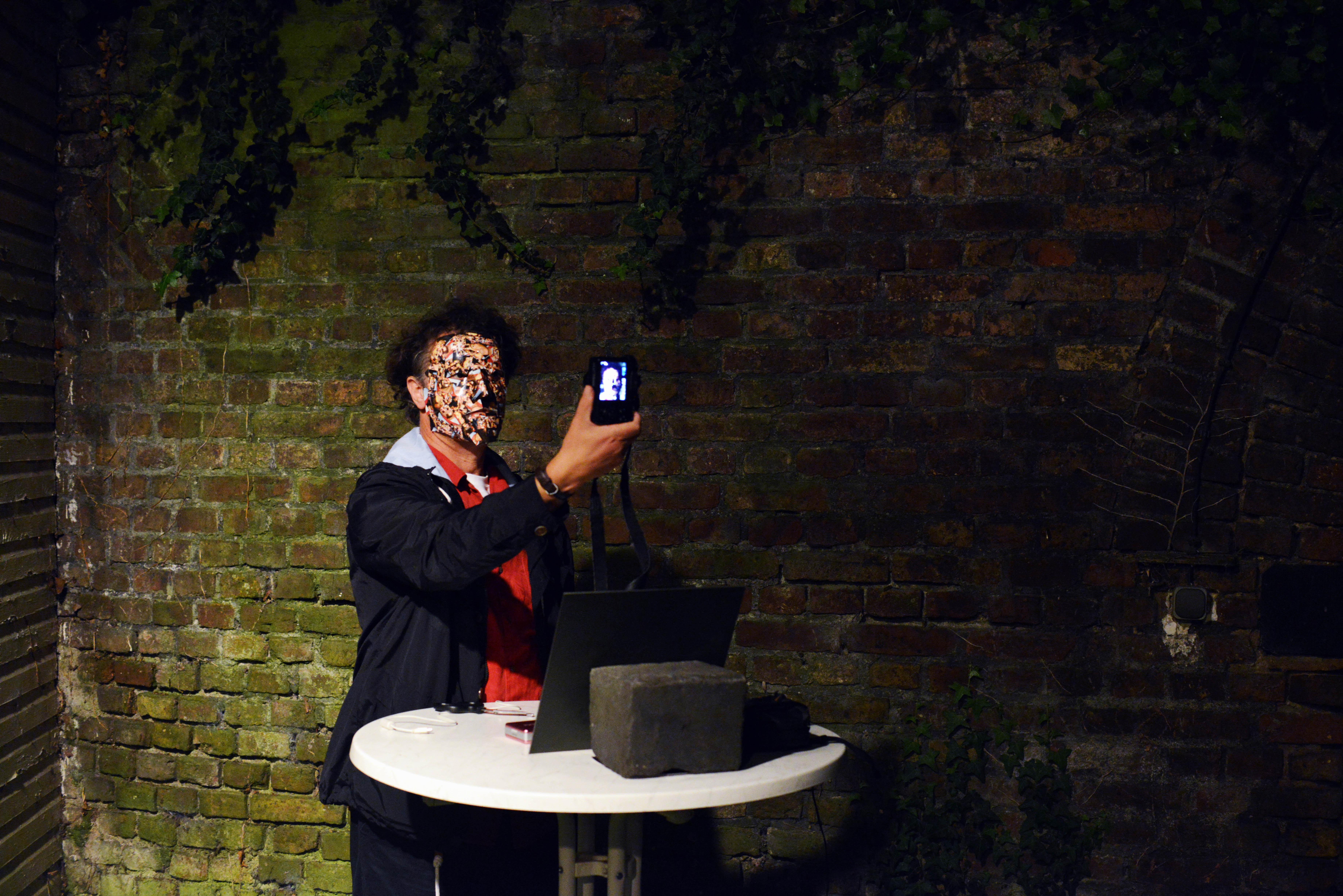 9 Selfie-Koln